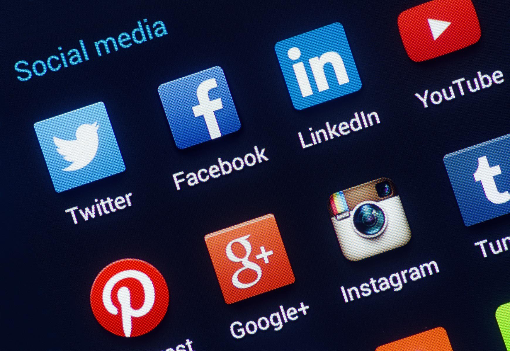 Développer sa présence en ligne avec les réseaux sociaux